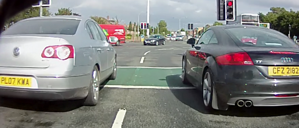 Albert Bridge cycle boxes are blocked 56% of the time - where do I go here?