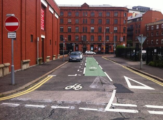 Apsley Street contraflow cycle lane